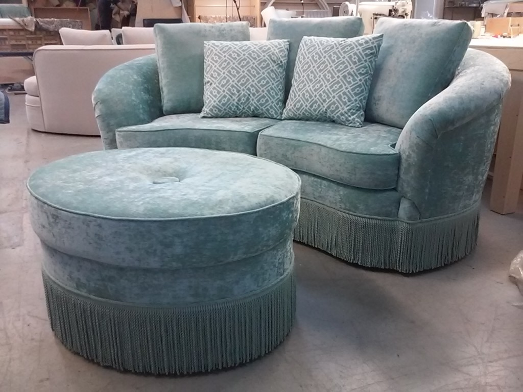curved loveseat and ottoman - Curved Loveseat