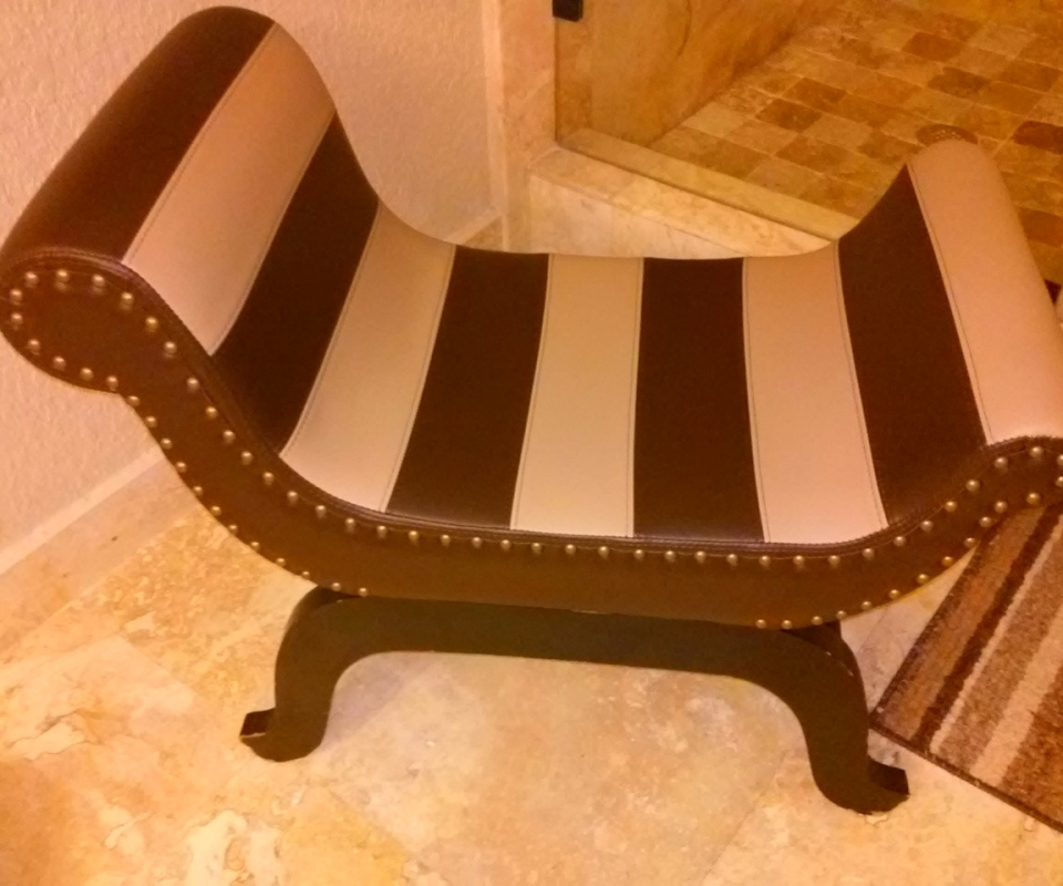 Custom Upholstered furnitures. By Arol's Style Upholstery (1)