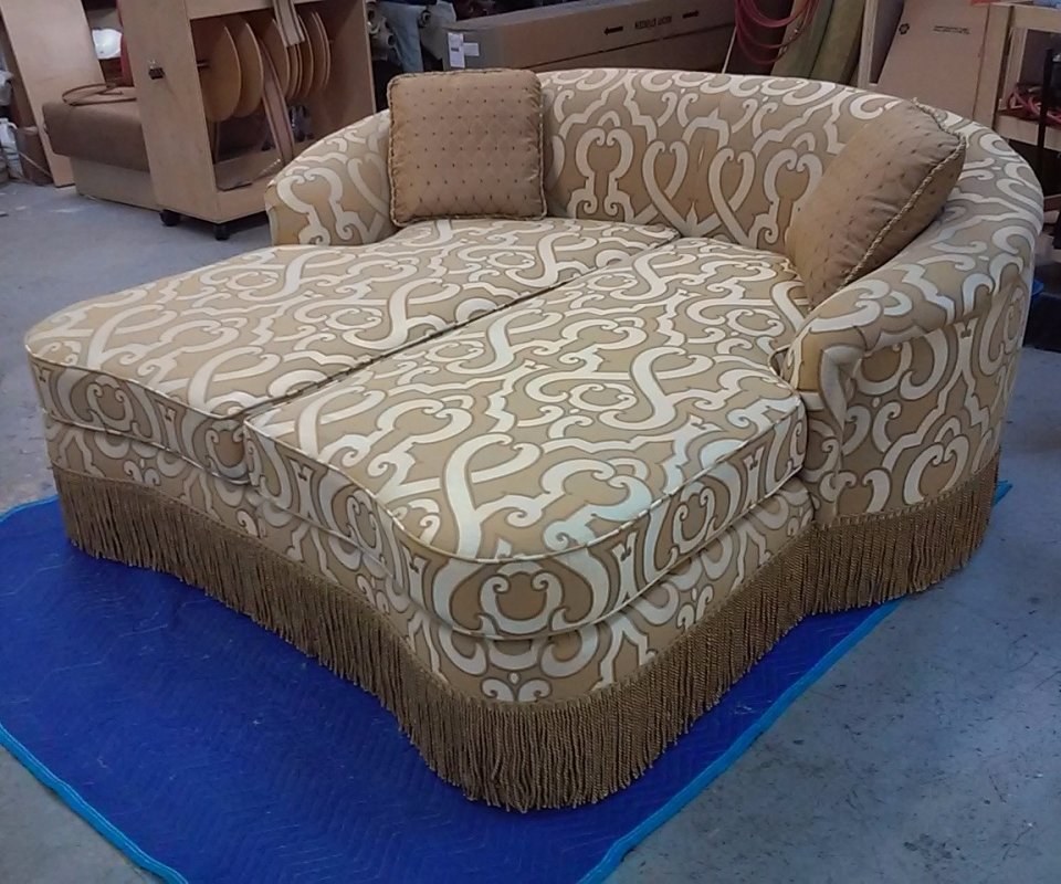 Custom Upholstered furnitures. By Arol's Style Upholstery (16)