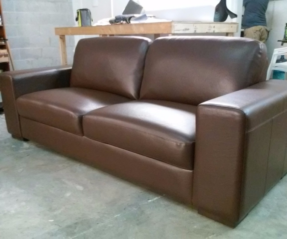 Custom Upholstered furnitures. By Arol's Style Upholstery (27)
