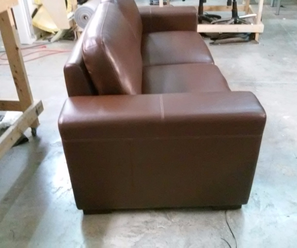 Custom Upholstered furnitures. By Arol's Style Upholstery (29)