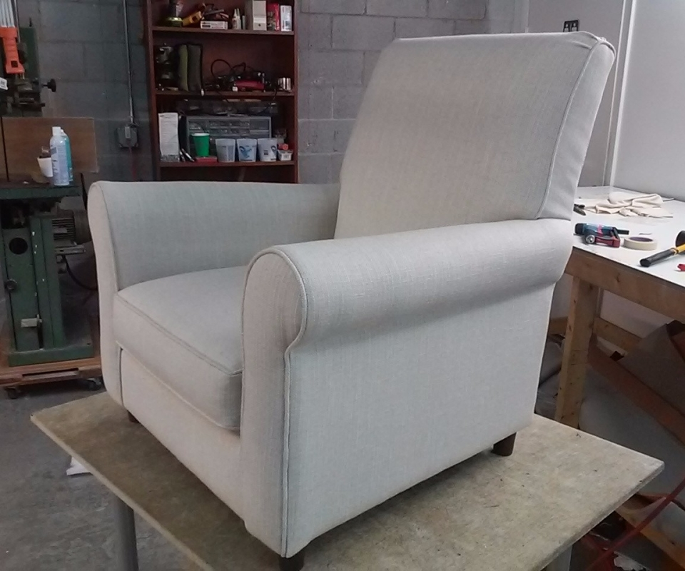 Custom Upholstered furnitures. By Arol's Style Upholstery (37)